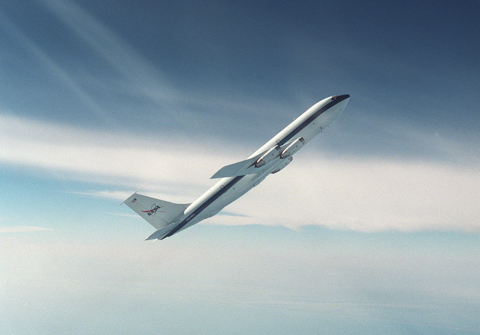 NASA's KC-135A in parabolic flight (image credit NASA).